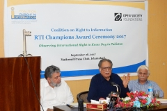 Former Minister for Information, Senator Pervez Rashed addressing the CRTI RTI Champions Award Ceremony 2017