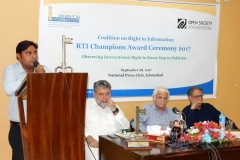 Asif Munawar, Award Winner in Citizen category sharing his experience of using RTI Law for solving service delivery issues